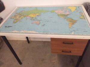 Desk Araluen Gympie Area Preview
