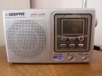 GEEPAS Digital GR-228D -9 FM(TV)/MW/SW Radio with case