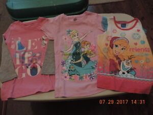 """Girl's Size 6 """"Frozen"""" Shirts & Slippers"""