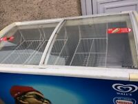 SLIDING GLASS LIDS ICE CREAM SHOP/CATERING DISPLAY CHEST FREEZER IN GOOD WORKING CONDITION