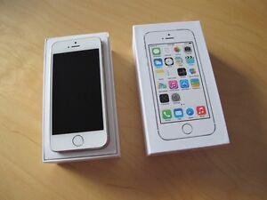 A vendre iphone 5s blanc avec videotron