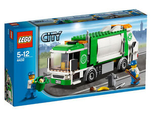 LEGO CITY 4432 - Garbage Truck BRAND NEW RETIRED