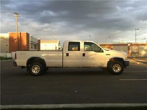2004 Ford F-350 XLT 4x4 = 167k = CREW CAB LONG BOX = NO ACCIDENT