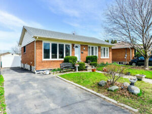 3+2 Bedrooms & 2 Kitchen w/Sep E-Detach Bunglow 4 Sale Brampton