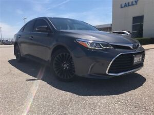 2017 Toyota Avalon Touring local trade in mint condition