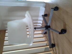 Beautiful brand new white bureau chair