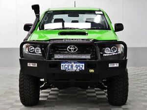 2014 Toyota Hilux KUN26R MY14 SR (4x4) Kawasaki Green 5 Speed Automatic Dual Cab Pick-up Jandakot Cockburn Area Preview