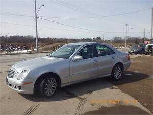 2007 MERCEDES E280 LEATHER/SUNROOF/ NAVIGATION