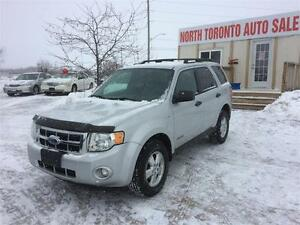 2008 FORD ESCAPE XLT - LEATHER - HEATED SEATS - LOW KM