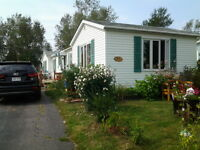 LOVELY MINI HOME ON PRIVATE LOT ON NORTH SIDE