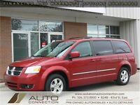 2009 Dodge Grand Caravan SXT ***STOW 'N GO + REAR AIR***