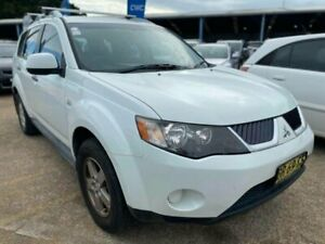 2009 Mitsubishi Outlander ZG MY09 LS White 6 Speed Constant Variable Wagon