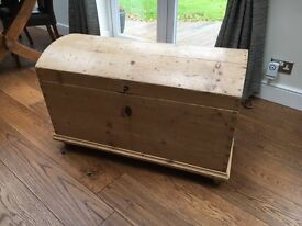 BLANKET BOX - ANTIQUE PINE DOME TOP BLANKET BOX