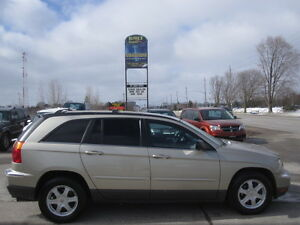 NO RUST AT ALL !!!  6 PASSENGER ! 2005 CHRYSLER PACIFICA