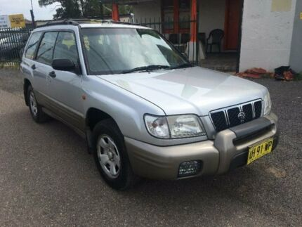 2000 Subaru Forester 79V Limited Silver Manual Wagon
