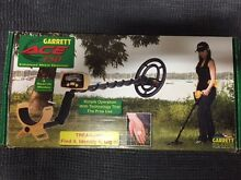 Garrett ACE 150 Metal Detector - As New Condition Waitara Hornsby Area Preview
