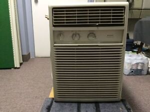 Climatiseur / Air conditioner Vertical 10000 BTU