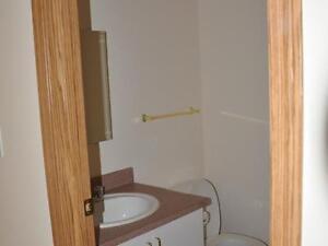 3 Bed Room, 2 Bath $1500 close Schools, Utilities Included!