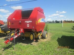2011 New Holland BR7090