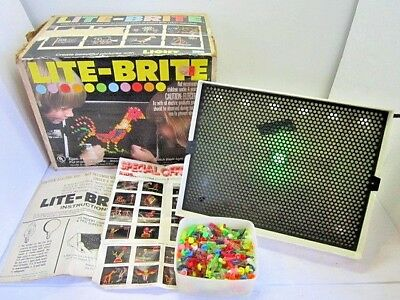 VINTAGE 1978 HASBRO LITE-BRITE PLAY SET IN BOX & PEGS NO PAPER WORKS 1970'S TOY