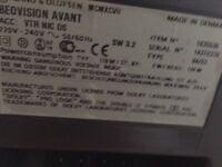 """Bang & Olufsen 28"""" Avant Analog TV/VHS"""