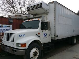 REDUCED! International 4900 reefer truck