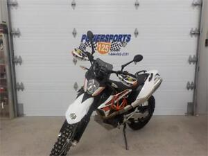 KTM 690 R ENDURO 2015 SEULEMENT 9795 KM SPECIAL $29.75/SEMAINE