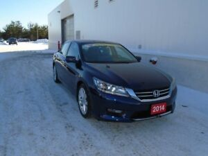 2014 Honda Accord Touring Fully Loaded/Leather Navigation/heated
