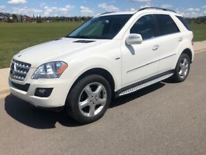 2010 MERCEDES ML350 BLUETEC 4 MATIC  VERY CLEAN AND VERY LOW KM