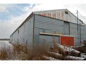 1651 THIRD AVE. LOUTH - 2 STOREY, COVERED BUILDING, 8,000 SQFT.