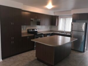 Townhouse in Churchill Meadows Mississauga FOR RENT