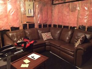 Lazy-Boy Leather Sectional couch Kitchener / Waterloo Kitchener Area image 2