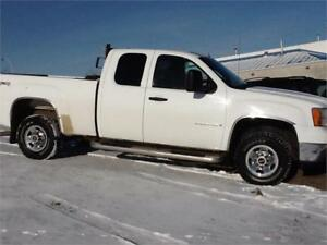 2009 GMC Sierra 2500HD MANAGER'S SPECIAL 1 DAY ONLY $5500 FIRM