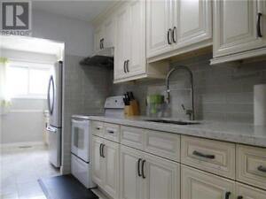 Recently Upgraded,3+1Beds,3Baths,2755 WINDWOOD DR, Mississauga