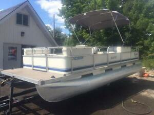 ***GREAT DEAL***2002 20' Southland Pontoon 4 Stroke Mercury