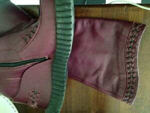 Funky purple leather boots Kitchener / Waterloo Kitchener Area image 3