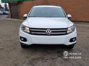 2015 Volkswagen Tiguan TRENDLINE/ 4 MOTION/ 2.0 TSi/ CLEAN CARPR Edmonton Edmonton Area image 2