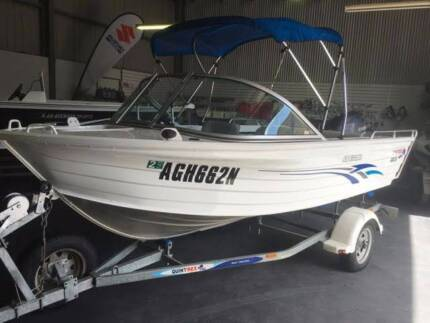 QUINTREX 430 ESCAPE, YAMAHA 4 STROKE 40 HP WITH VERY LOW HOURS