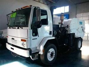 2004 Freightliner with Tymco 600 BAH Sweeper (Stock# M31620)