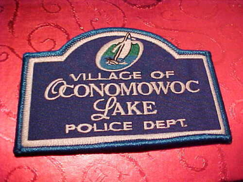 VILLAGE OF OCONOMOWOC LAKE WISCONSIN POLICE PATCH SHOULDER SIZE UNUSED