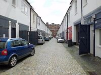 Lovely Double Room Available in Hove on Quiet Mews