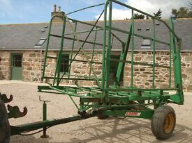 Logic Bale Carrier to take 48/56 small bales very good condition