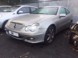 MERCEDES C180 KOMPRESSOR SE AUTO 2004 BREAKING FOR SPARES
