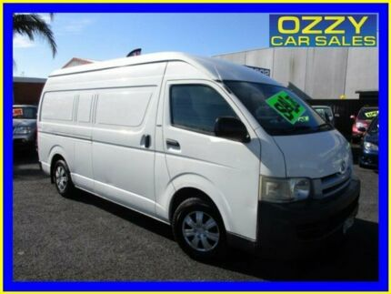 2005 Toyota Hiace TRH221R SLWB White 5 Speed Manual Van Minto Campbelltown Area Preview