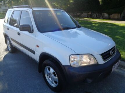2001 Honda CR-V (4x4) Classic White 5 Speed Manual 4x4 Wagon Chermside Brisbane North East Preview
