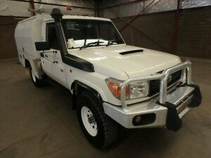 2011 Toyota Landcruiser VDJ79R 09 Upgrade Workmate (4x4) White 5 Speed Manual Cab Chassis Kooringal Wagga Wagga City Preview