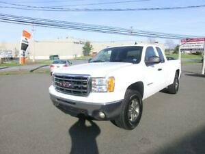 2013 GMC Sierra 1500 SLE Extcab 4x4 5.3 V8 Tow package 1 Owner