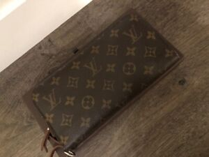 a2c159a78c2 Louis Vuitton Monogram Canvas Insolite Wallet