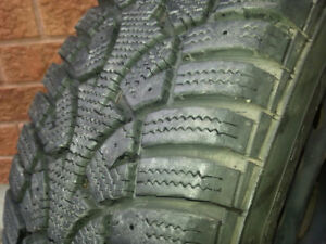 """4 X (15"""") Winter tires in Excellent Like new condition"""