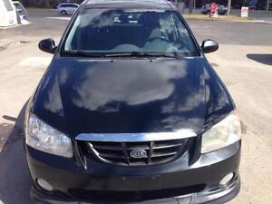 2006 Kia Spectra5 EX PL, PW, SUNROOF, CD, AUX, A/C, CERT/E-TEST